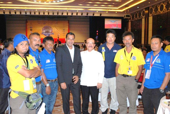 H.E. Dato Than Tai Hing, Ambassador of Malaysia to Lao PDR with Mr. Habib Mohammed Chowdhury and Organizers of ASEAN India Car Rally at Gala Dinner
