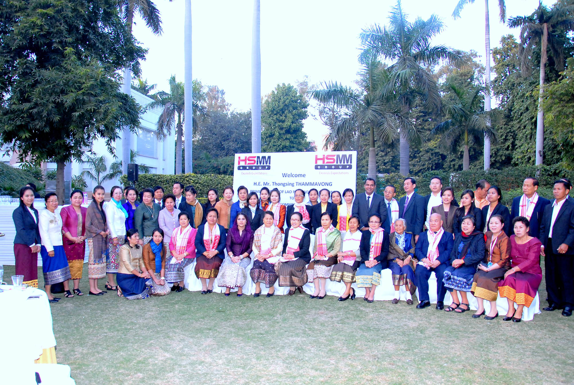 Welcome H.E. Mr. Thongsing THAMMAVONG, Prime Minister of Lao PDR and delegations to ASEAN-INDIA Commemorative Summit 20th-21st December 2012, New Delhi, buffet lunch
