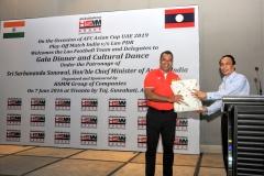 H.E. Southam Sakonhninhom, Hon'ble Ambassador of Lao PDR to India felicitating Mr. Habib Mohammed Chowdhury at Gala Dinner, Guwahati, Assam on 7th June 2016
